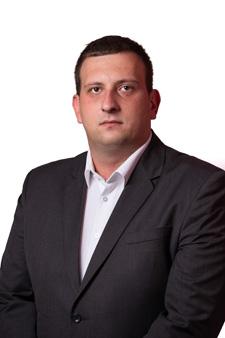 Ostojić: SD Žabljak osuđuje varvarski čin paljenja vozila predsjedniku Demokrata Žabljak